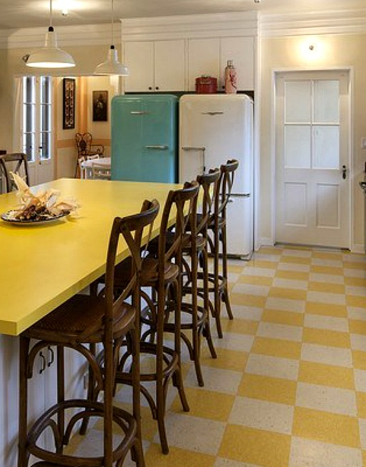 I want a retro tile floor redbird - Retro flooring kitchen ...