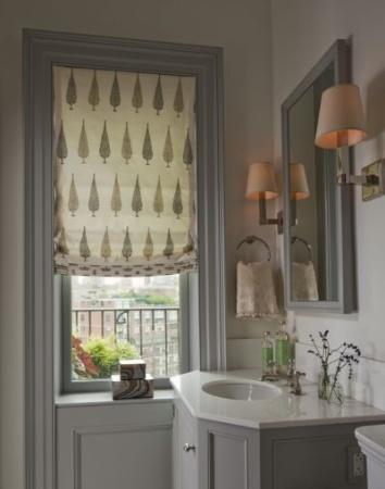 gray woodwork - bathroom