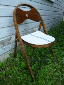 chair -- folding wood with blue striped pad