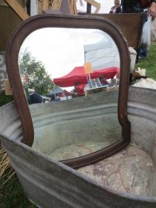 Loving old mirrors!