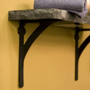 CL bargain issue -- shelf brackets