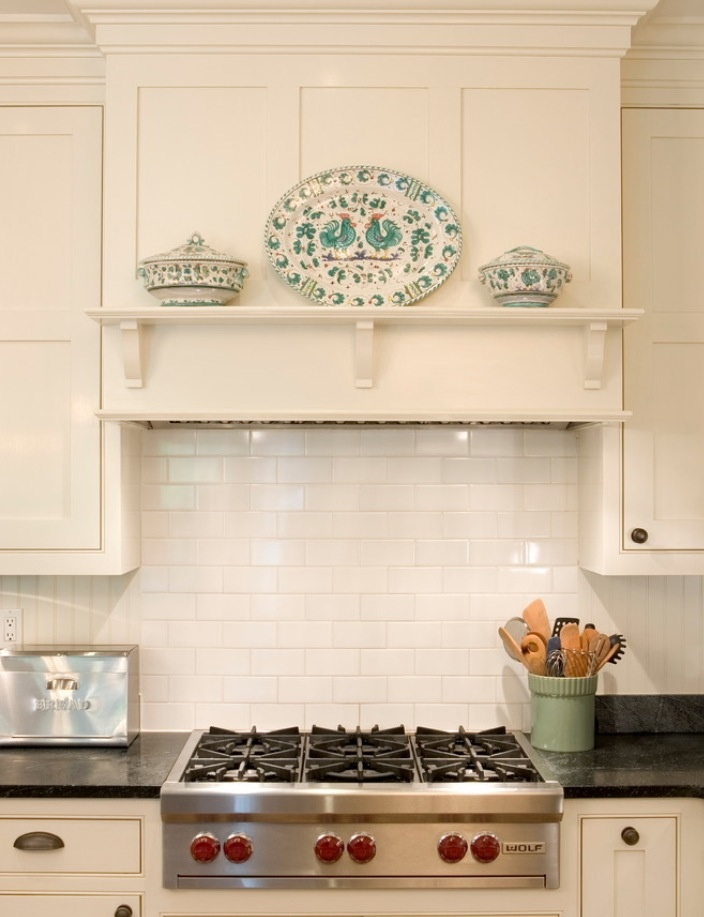 Range hood hopes dreams redbird for Shaker style kitchen hoods