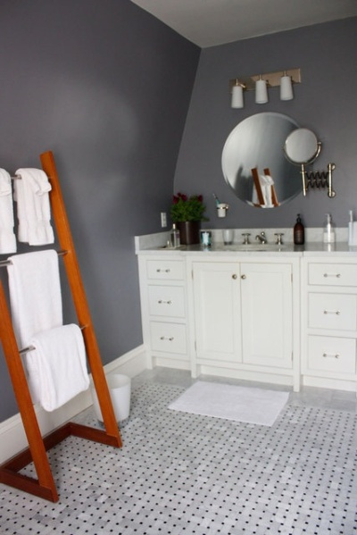 gray bathroom walls with white floor apartment therapy