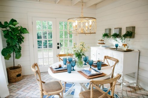 fixer upper bean house dining area