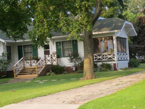 x motif porch
