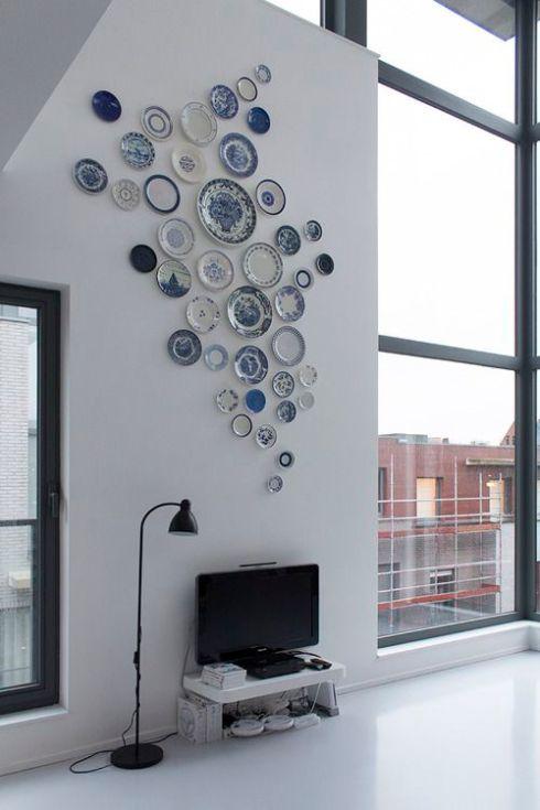 plate-on-wall-modern