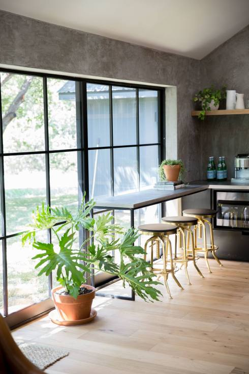fu-modern-kitchen-window-bar-with-plant