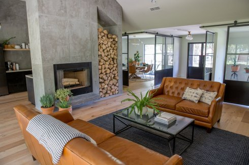 fu-modern-living-room-fireplace