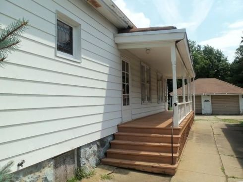 redbird-blog-jackson-st-house-side-porch
