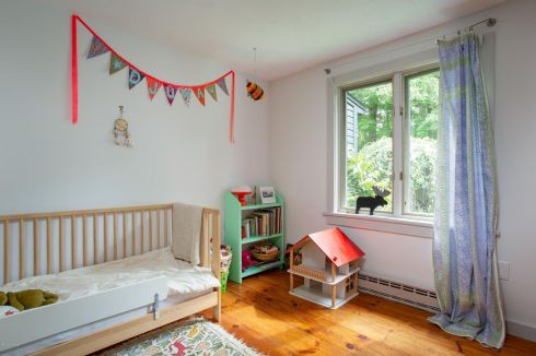 berkshire black house kid room